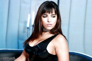 Anaele privat escort in Hilter am Teutoburger Wald